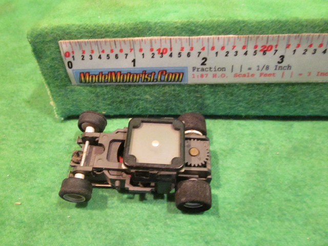 Top view of Aurora AFX Magna-Sonic 2 Arm Clip Slot Car Chassis