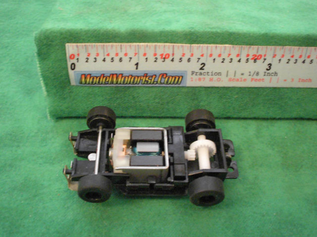 Top view of Artin Wall Climber HO Scale Slot Car Chassis