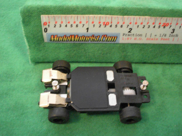 Bottom view of Artin Wall Climber HO Scale Slot Car Chassis