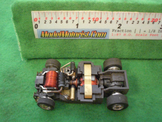Top view of Aurora Ultra 5 A HO Slotless Car Chassis