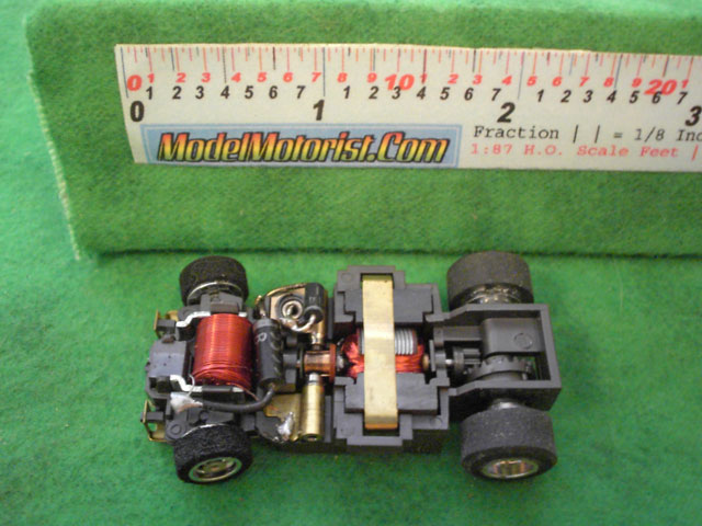 Top view of Aurora Ultra 5 B HO Slotless Car Chassis