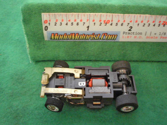 Bottom view of Aurora Ultra 5 B HO Slotless Car Chassis