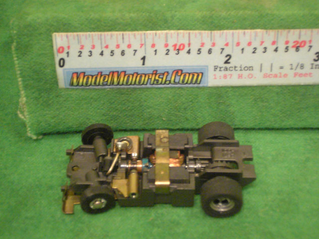 Top view of Aurora XLerators II Diode 4 HO Slotless Car Chassis
