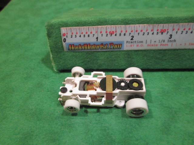 Top view of Auto World 4 Gear iWheels