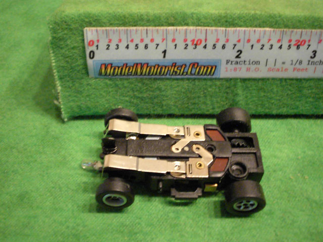 Bottom view of Auto World X-Traction Flame-Thrower