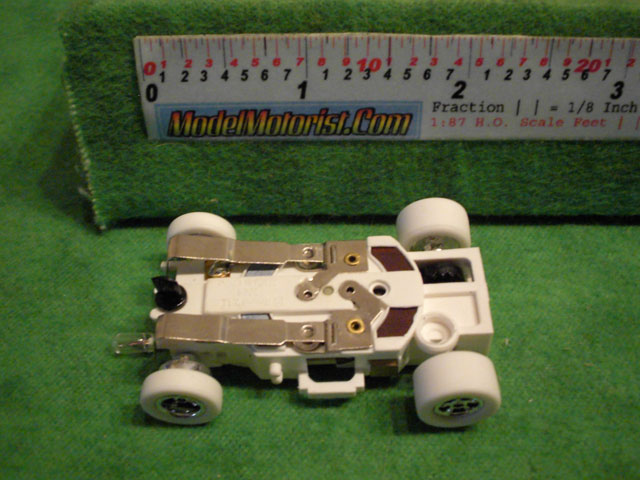 Bottom view of Auto World iWheels Flame-Thrower