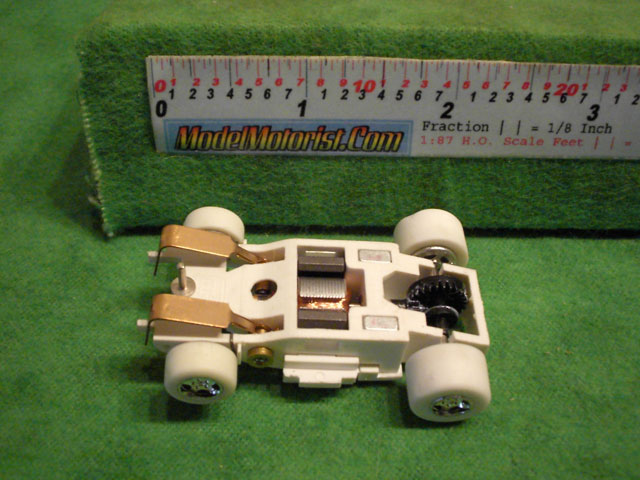 Bottom view of Auto World iWheels