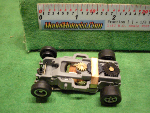 Top view of Auto World X-Traction Ultra G (gray)