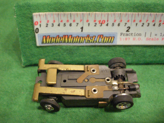 Bottom view of Aurora XLerators Diode 1 HO Slotless Car Chassis