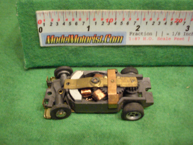 Top view of Aurora XLerators Diode 2 HO Slotless Car Chassis