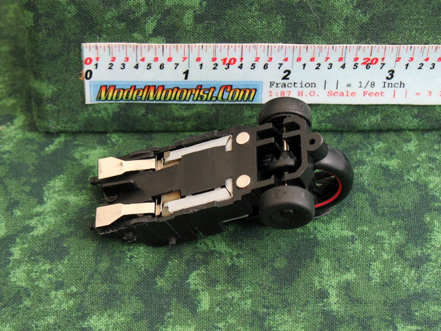 Bottom view of Giochi Preziosi Motorcycle HO Slot Car Chassis