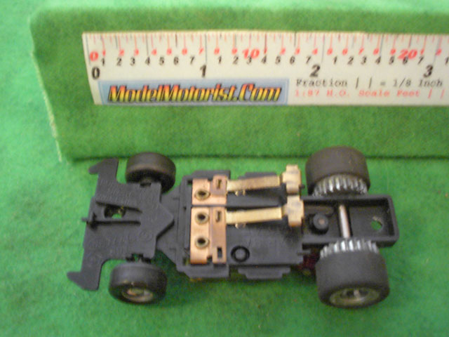Bottom view of Ideal Passing A HO Slotless Car Chassis