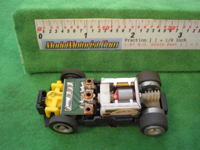 Top view of Ideal Zig-Zag Jam HO Slotless Car Chassis