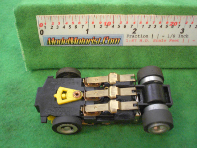 Bottom view of Ideal Zig-Zag Jam HO Slotless Car Chassis