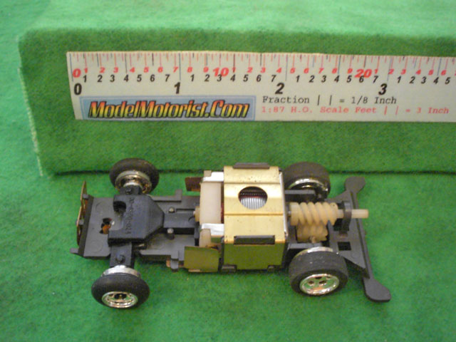 Top view of Lionel Power Passers A HO Slotless Car Chassis