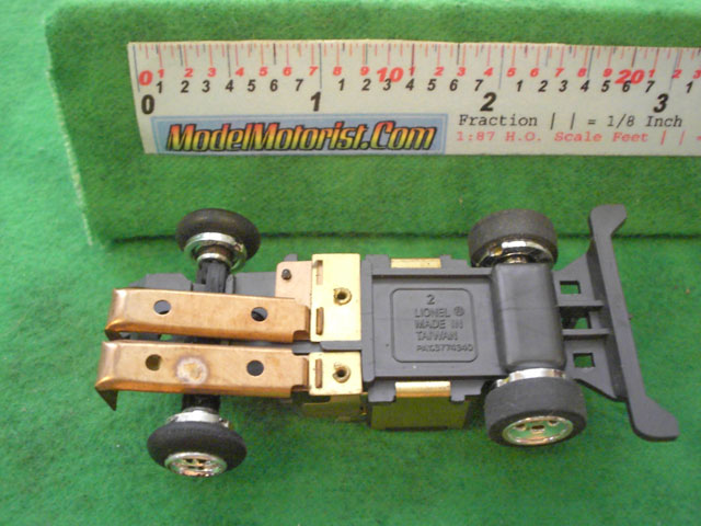 Bottom view of Lionel Power Passers A HO Slotless Car Chassis