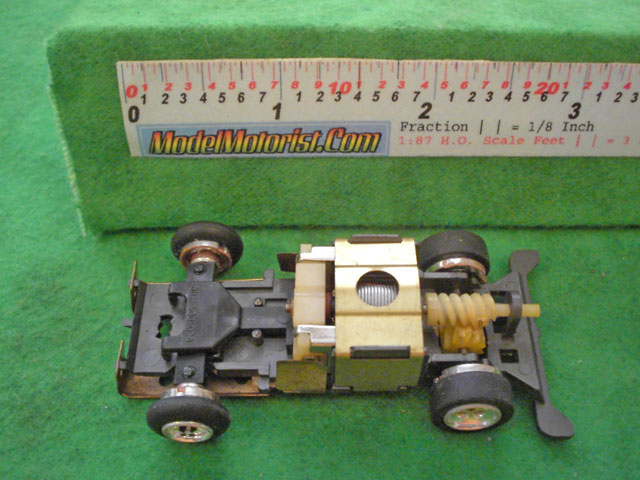 Top view of Lionel Power Passers B HO Slotless Car Chassis