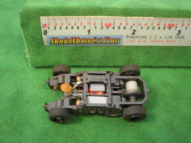 Top view of Mattel HPX2 Harry Potter HO Slot Car Chassis