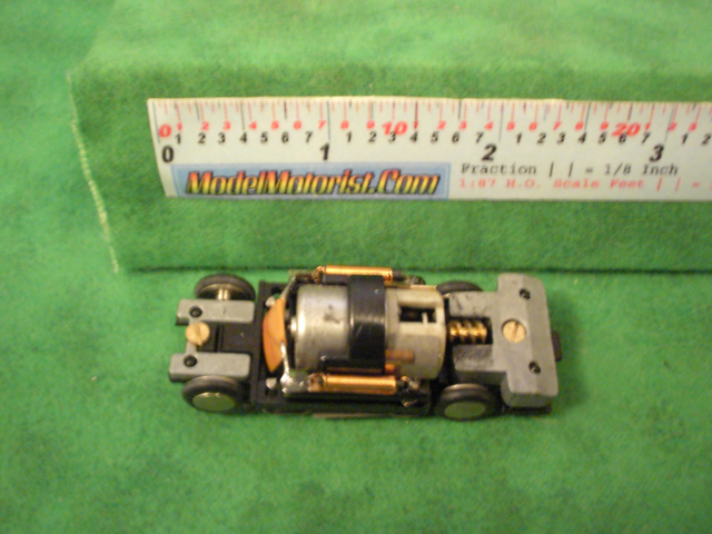 Top view of Rasant HO Slot Car Chassis