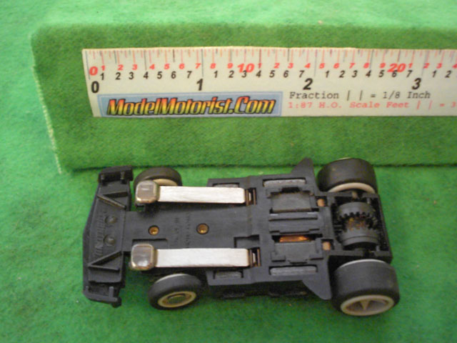 Bottom view of Matchbox RPS A HO Slotless Car Chassis